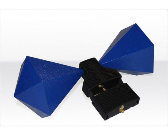 BicoLOG 5070X Active biconical radial isotropic broadband antenna, Aaronia