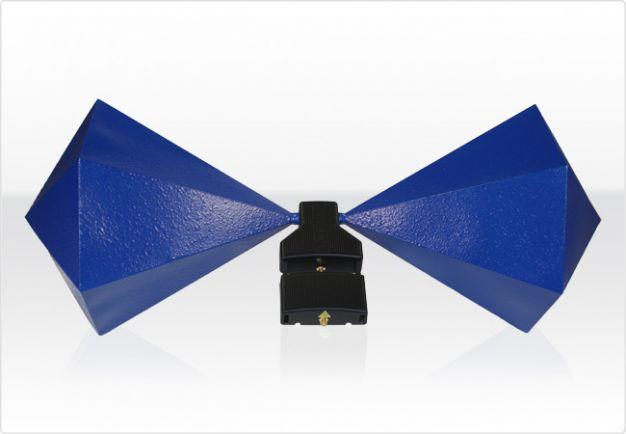 BicoLOG 30100E X Широколентова биконична антена, оптимизирана за EMC тестове, Aaronia