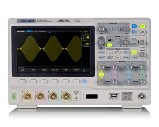 SDS2204X Digital Oscilloscope 200MHz, 2GSa/s, Siglent